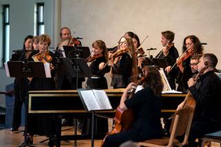 bmf-cdm-orchestra-directed-e.-blumenstock.-photo-gary-payne-2018